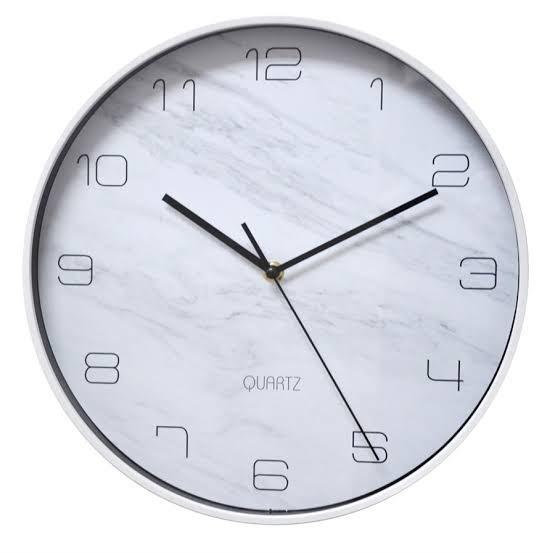 Relógio Marble Plástico Branco 31 x 31cm